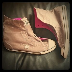 High top converse shoes
